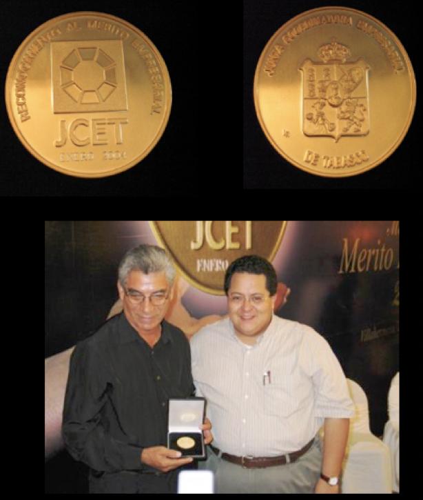 Medalla al mérito empresarial